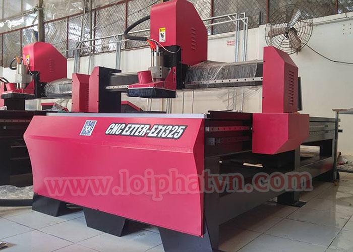 Máy cắt khắc CNC EZTER EZ1325